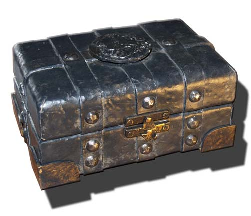 merchandise_sv_lana_dragon_box_replicaprop